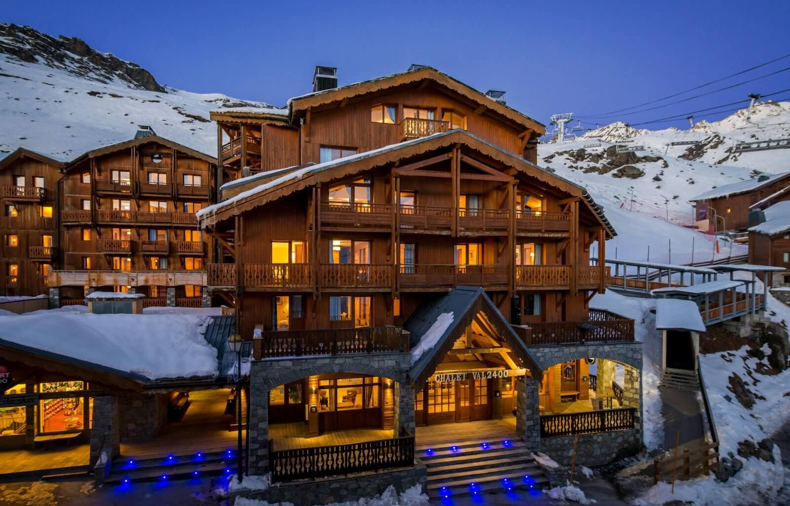 Chalet Val2400